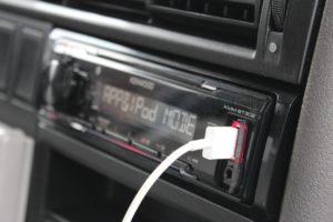 Autoradio und Anschluesse